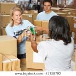 Volunteers distributing food